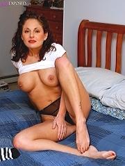 Bio page of Lola Lynn model