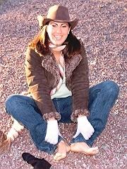 Bio page of Lola model